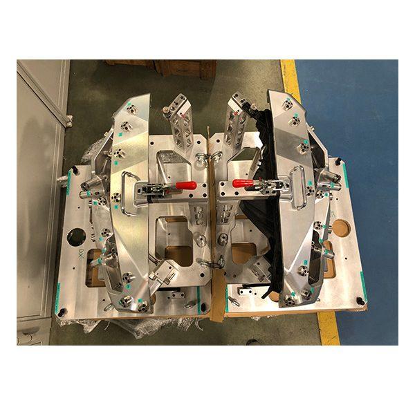Calibro datamyte per controllo punti su profilo proiettore e comparazione tramite parziali di carrozzeria
