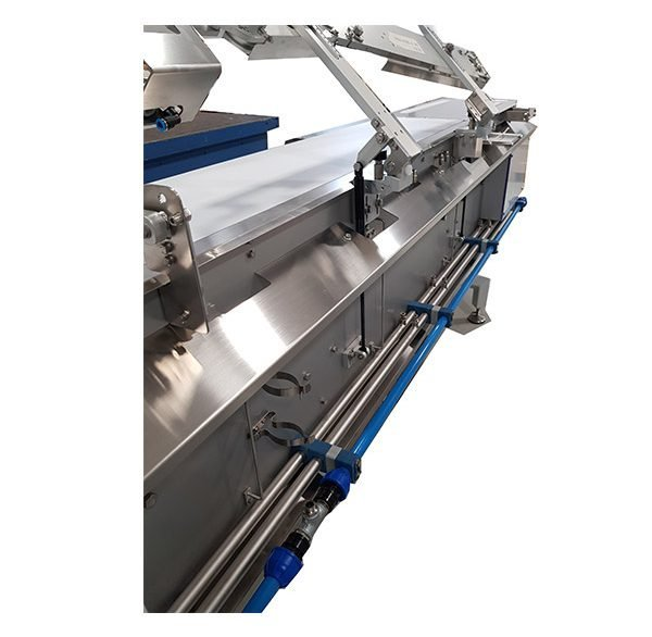 CONVEYOR BELTS FOR FOOD PRODUCTS FOR PRIMARY OR SECONDARY PACKAGING
